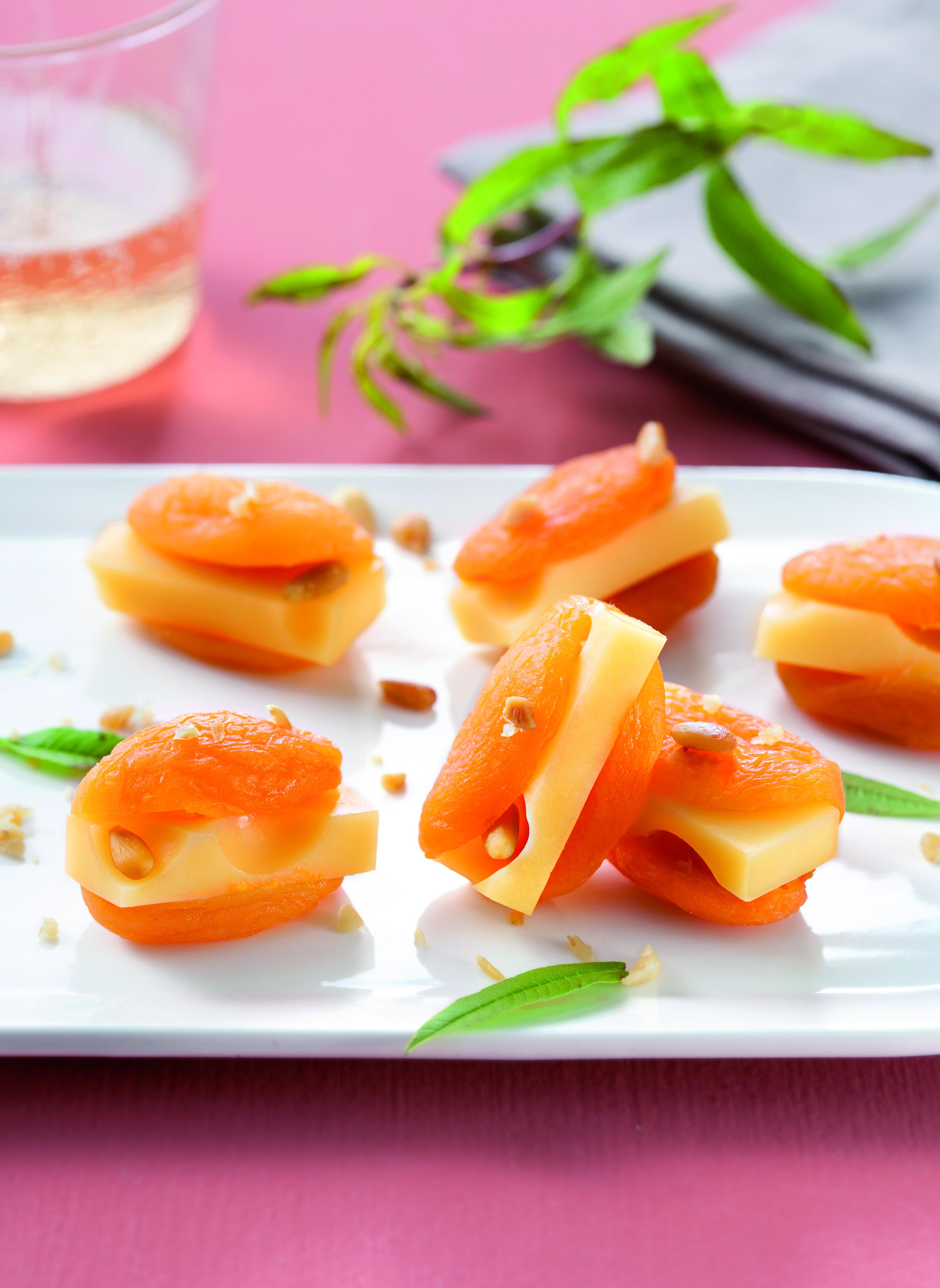Emmental Grand Affiné et abricots moelleux