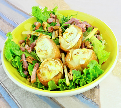 Salade campagnarde au chèvre chaud