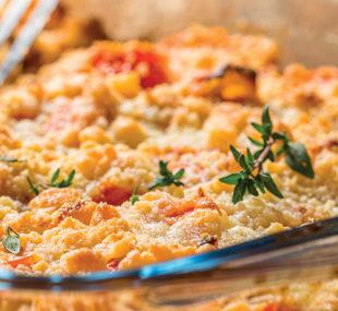 Crumble salé aux tomates et parmesan