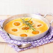Gratin aux abricots rôtis au miel et romarin